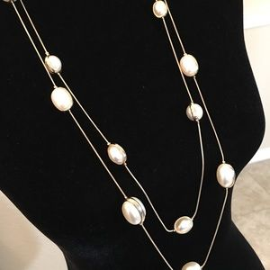 Double strand gold and pearl necklace